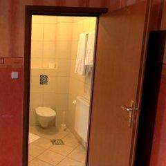 Hotel Bugatti 3* Стандартный номер с двуспальной кроватью фото 7