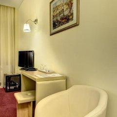 Hotel Capitol 4* Стандартный номер с 2 отдельными кроватями фото 10