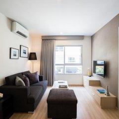 Отель The Grass Serviced Suites by At Mind Люкс с 2 отдельными кроватями фото 8