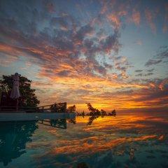 Отель Naroua Villas Таиланд, Остров Тау - отзывы, цены и фото номеров - забронировать отель Naroua Villas онлайн пляж