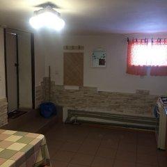 Гостиница Каприз комната для гостей фото 4