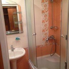 Гостиница 5th в Железноводске отзывы, цены и фото номеров - забронировать гостиницу 5th онлайн Железноводск ванная