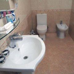 Отель Гранд Атлас Узбекистан, Ташкент - отзывы, цены и фото номеров - забронировать отель Гранд Атлас онлайн ванная фото 2