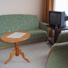 Hotel Viktorija 91 2* Апартаменты с различными типами кроватей фото 13