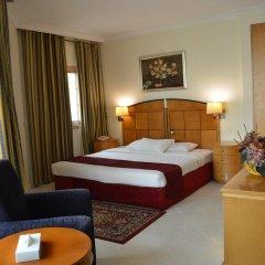 Dolphin Hotel Apartments комната для гостей