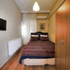 Nobel Hostel Стандартный номер с двуспальной кроватью (общая ванная комната)