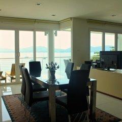 Отель Ocean Views в номере