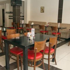 Гостиница Mayak в Челябинске отзывы, цены и фото номеров - забронировать гостиницу Mayak онлайн Челябинск питание фото 2