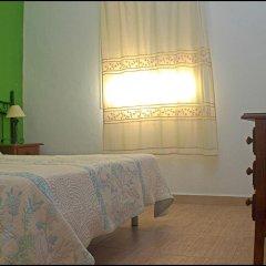 Отель Chalet Bungalow La Roa Испания, Кониль-де-ла-Фронтера - отзывы, цены и фото номеров - забронировать отель Chalet Bungalow La Roa онлайн удобства в номере