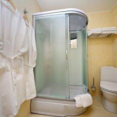 Гостиница ХИТ 3* Полулюкс с двуспальной кроватью