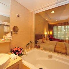Отель Ramada Plaza Guangzhou 3* Номер Делюкс с различными типами кроватей фото 2