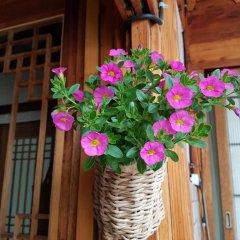 Отель Dajayon Hanok Stay Южная Корея, Сеул - отзывы, цены и фото номеров - забронировать отель Dajayon Hanok Stay онлайн балкон