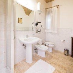Отель Tenuta Decimo - Villa Dini Италия, Сан-Джиминьяно - отзывы, цены и фото номеров - забронировать отель Tenuta Decimo - Villa Dini онлайн ванная