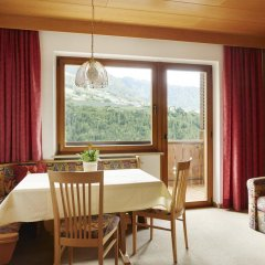 Отель Ferienwohnungen Haus Christine Италия, Горнолыжный курорт Ортлер - отзывы, цены и фото номеров - забронировать отель Ferienwohnungen Haus Christine онлайн комната для гостей фото 2