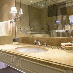 Отель Four Seasons George V Paris фото 14