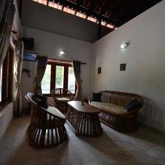 Отель Lucas Memorial Шри-Ланка, Косгода - отзывы, цены и фото номеров - забронировать отель Lucas Memorial онлайн интерьер отеля фото 2