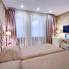 Гостиница Де Пари 4* Улучшенный номер 2 отдельные кровати фото 4