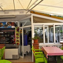 Отель Camping Ampurdanés Курорт Росес гостиничный бар