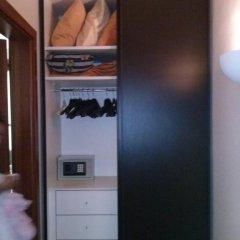 Отель Klimt Guest House Родос сейф в номере