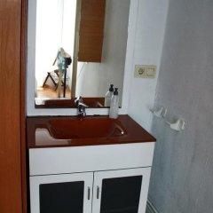 Отель Beach Break Guesthouse Испания, Сан-Себастьян - отзывы, цены и фото номеров - забронировать отель Beach Break Guesthouse онлайн удобства в номере фото 2