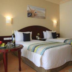 Отель LABRANDA Royal Makadi 3* Стандартный семейный номер с различными типами кроватей фото 5