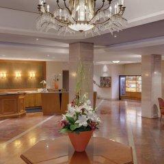 Отель The Westin Bellevue Dresden интерьер отеля