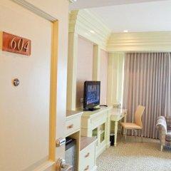 Отель Kingston Suites Bangkok 4* Улучшенный номер с различными типами кроватей фото 6