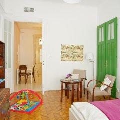 Отель Green Door Family Венгрия, Будапешт - отзывы, цены и фото номеров - забронировать отель Green Door Family онлайн комната для гостей фото 4