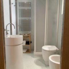 Отель Capital Barberini Apartment Италия, Рим - отзывы, цены и фото номеров - забронировать отель Capital Barberini Apartment онлайн ванная