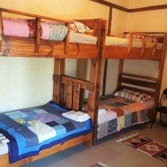 Отель Machanents Guesthouse 2* Кровать в общем номере с двухъярусной кроватью фото 8