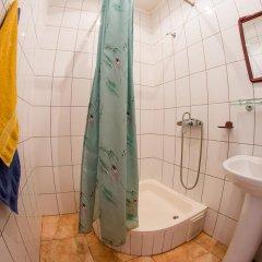 Гостиница Три Пескаря в Курске 12 отзывов об отеле, цены и фото номеров - забронировать гостиницу Три Пескаря онлайн Курск ванная