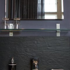 Отель ArtHotel Connection Люкс с двуспальной кроватью фото 18