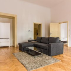 Апартаменты Mighty Prague Apartments комната для гостей фото 4
