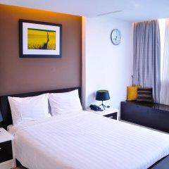 Minh Khang Hotel 3* Номер Делюкс с двуспальной кроватью