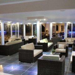 Отель Flamingo Beach Hotel Кипр, Ларнака - 13 отзывов об отеле, цены и фото номеров - забронировать отель Flamingo Beach Hotel онлайн гостиничный бар