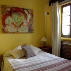 Отель Hostal Rural Elosta Испания, Ульцама - отзывы, цены и фото номеров - забронировать отель Hostal Rural Elosta онлайн комната для гостей фото 3
