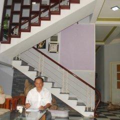 Отель De Vong Riverside Homestay Хойан интерьер отеля