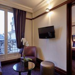 Отель Hôtel Pont Royal 5* Улучшенный номер с различными типами кроватей фото 3