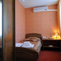 Отель Лермонтов Омск комната для гостей фото 3