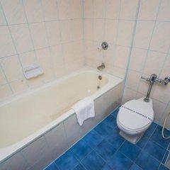 Elizabeth Hotel 3* Улучшенный номер с различными типами кроватей фото 9