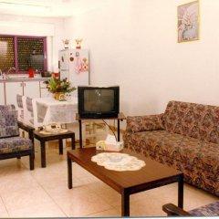 Daraghmeh Hotel Apartments - Wadi Saqra 2* Улучшенные апартаменты с 2 отдельными кроватями фото 4