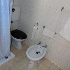 Отель Residencial Portuguesa 3* Стандартный номер с 2 отдельными кроватями (общая ванная комната) фото 15