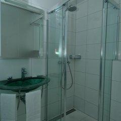 iQ130 Hotel 3* Номер категории Эконом фото 3