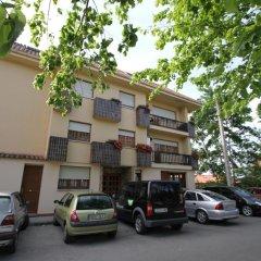 Отель Pensión San Jorge парковка
