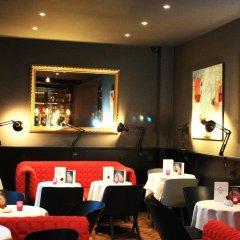 Hotel Saint-Marcel гостиничный бар