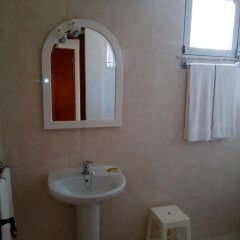 Отель Alojamentos S.José ванная фото 2