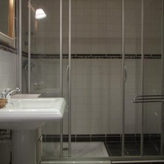 Отель Hostal Beti-jai Испания, Аойс - отзывы, цены и фото номеров - забронировать отель Hostal Beti-jai онлайн ванная