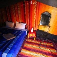 Отель Auberge Sahara Garden Марокко, Мерзуга - отзывы, цены и фото номеров - забронировать отель Auberge Sahara Garden онлайн комната для гостей фото 2