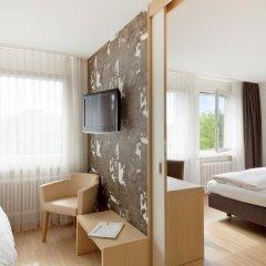 Hotel Alpenblick 3* Стандартный семейный номер с различными типами кроватей фото 2
