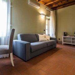 Отель B&b Residenza Di Via Fontana Лукка комната для гостей фото 3
